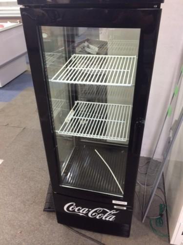 ■中古厨房機器入荷しました!カッコイイ冷蔵ショーケースです!■