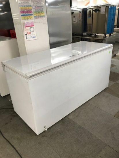 中古厨房機器入荷しました!!大型冷凍ストッカーです!