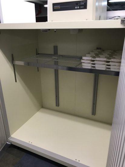 中古厨房機器入荷しました!!玄米保冷庫です!