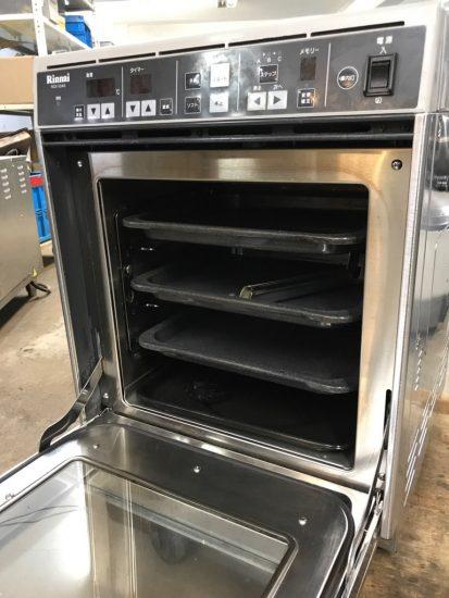 中古厨房機器入荷しました!!ガス高速オーブンです!