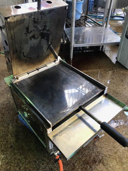 中古厨房機器入荷しました!!ガスイカ焼き器です!