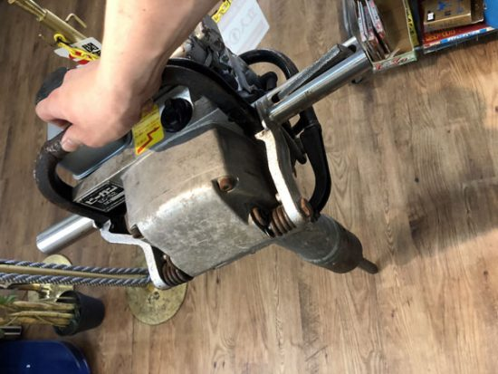 中古 土木 建設機械 買取いたしました!エンジンコンクリートブレーカー ビーガンです!
