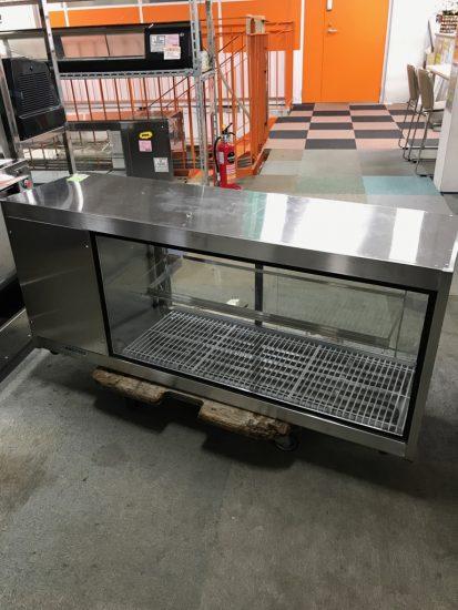 中古厨房機器入荷しました!!冷蔵ディスプレイケースです!