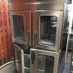 中古厨房機器入荷しました!!パススルー縦型冷蔵庫です!
