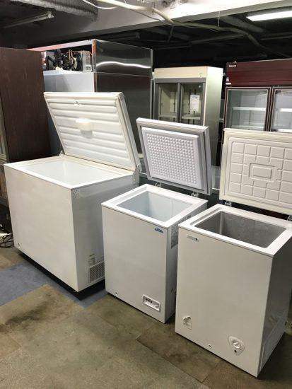 中古厨房機器入荷しました!冷凍ストッカー複数台入荷です!!