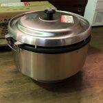 中古厨房機器入荷しました!ガス炊飯器です!!