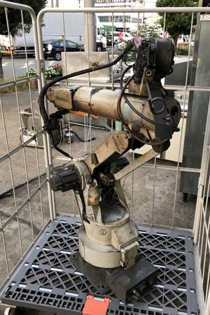 中古 ロボット溶接機 買取いたしました!Panasonic/パナソニック パナロボです!