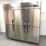 中古厨房機器入荷しました!縦型冷凍冷蔵庫です!!