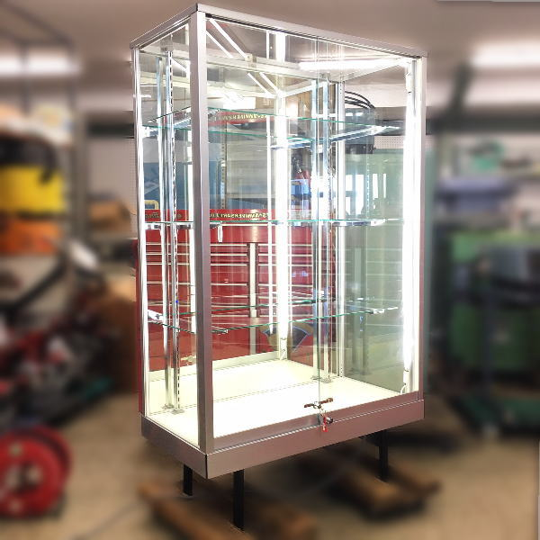 タテヤマアドバンス ガラスケース 背面ミラー 照明付き