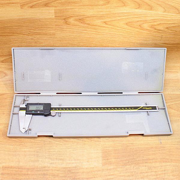 Mitutoyo/ミツトヨ  デジタルノギス デジマチックキャリパー 300mm買取しました!