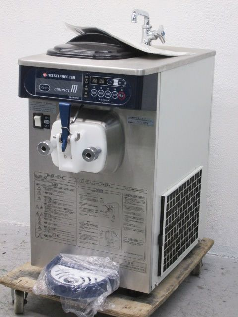 日世 卓上ソフトクリームフリーザー NA-1409AE 2010年製