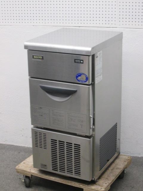 サンヨー 25kg製氷機買取しました!