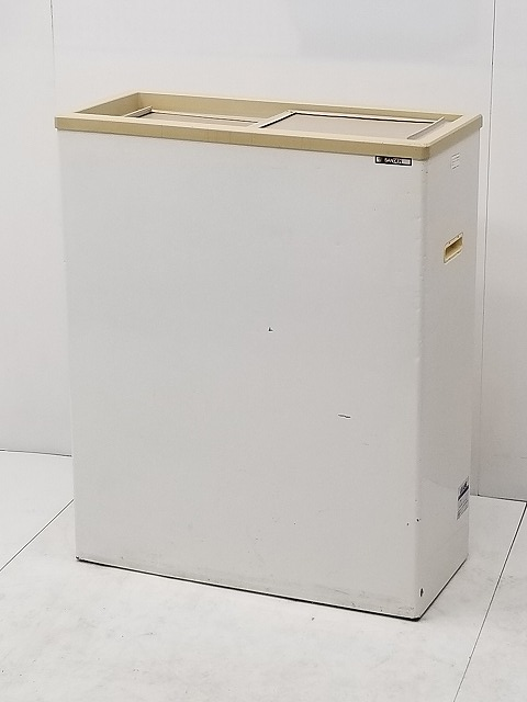 サンデン 冷凍ストッカー PF-070XB-B 2008年製買取しました!