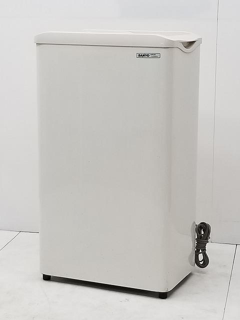 サンヨー 冷凍ストッカー SCR-S42 2005年製買取しました!
