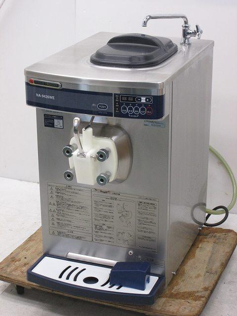 日世 自動殺菌ソフトクリームサーバー NA-9426WE 2009年製買取しました!