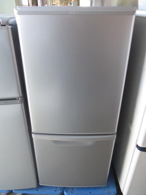 パナソニック 2ドア冷凍冷蔵庫 NR-B144W