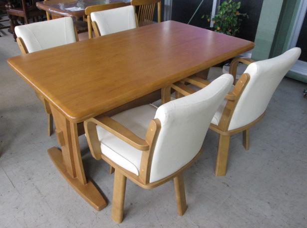 ニトリダイニングテーブルセットid121015180521002 中古家具