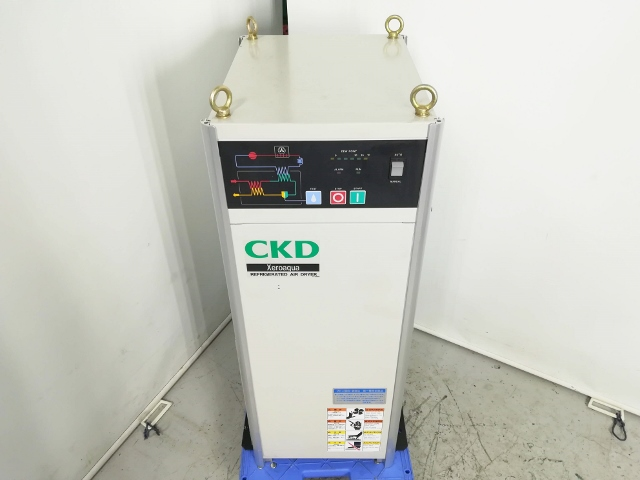 CKD 3馬力 2.2kW 中圧コンプレッサー対応冷凍式エアドライヤー 単相200V電源 高温入気対応買取しました!