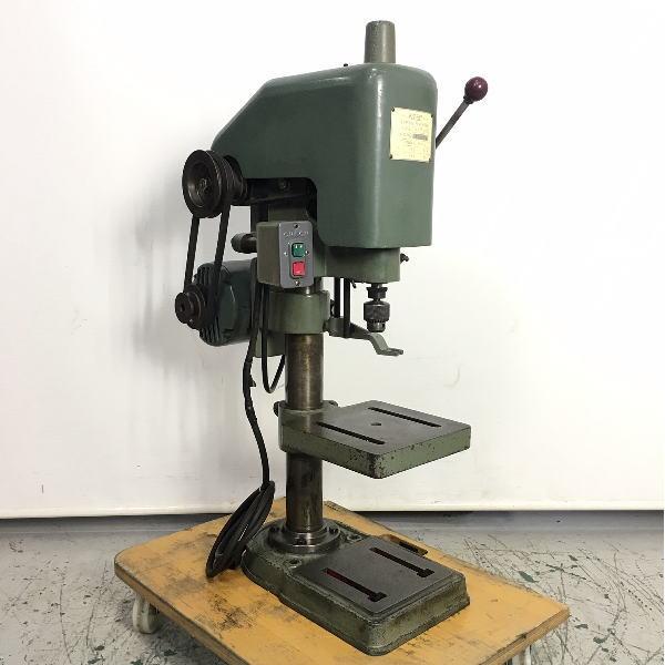 6.5mm タッピングマシン タッピング盤