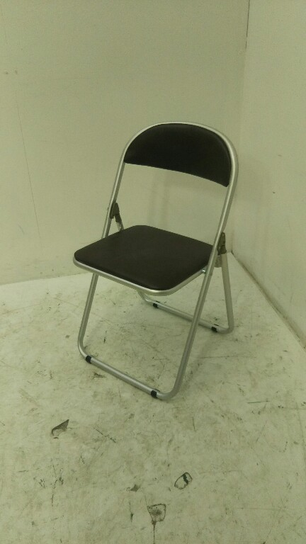 トヨスチール パイプ椅子 折りイス未使用品