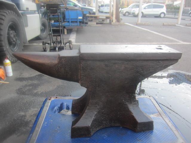 大型 アンビル 重さ約100kg