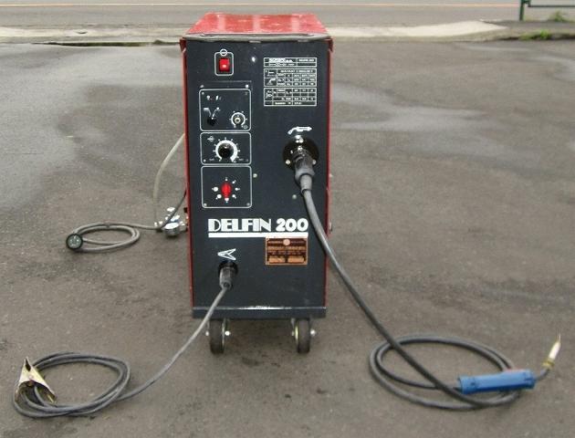 国際自動車 MIGアーク溶接機 DELFIN200