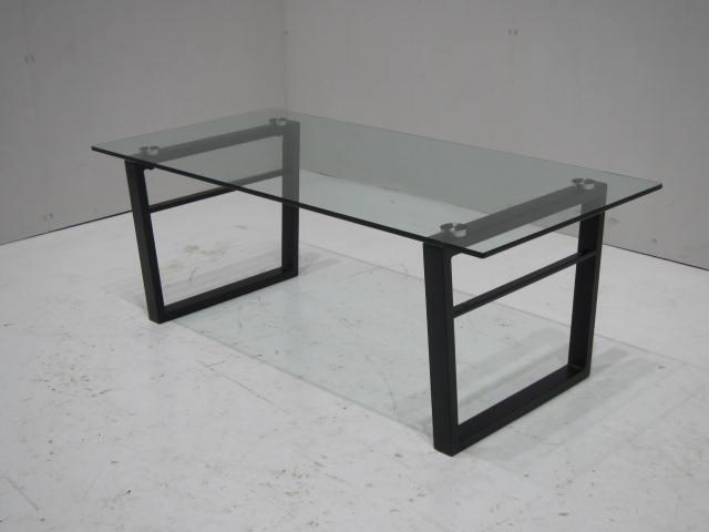 ローテーブル(ガラス)買取しました!