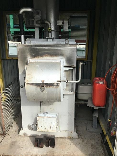 DAITO 焼却炉 (廃掃法・構造基準適合型) 廃プラ対応焼却炉(強力消煙タイプ買取しました!
