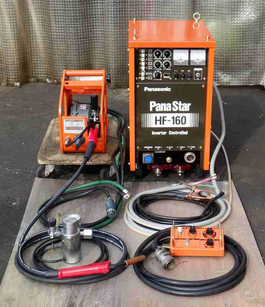 [人気のパナ] 半自動溶接機/CO2溶接機/MAG溶接機/MIG溶接機 パナスター/パナオート HF-160/YD-160HF [トーチ 送給装置 ガス調節器付属][試運転済/良好]買取しました!
