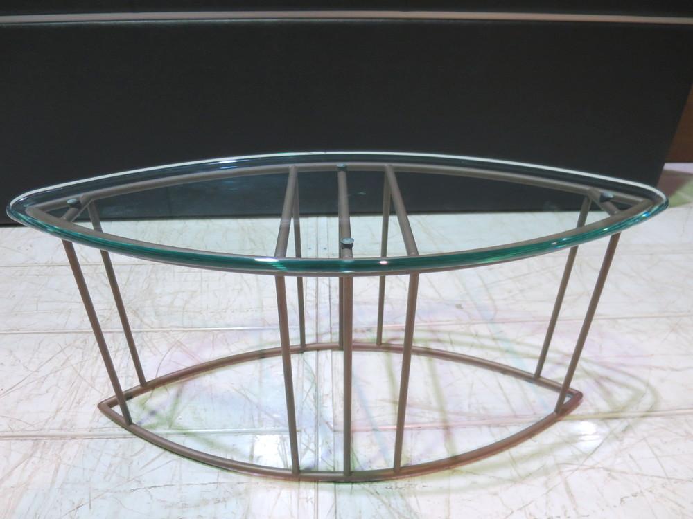 ガラスサイドテーブル買取しました!