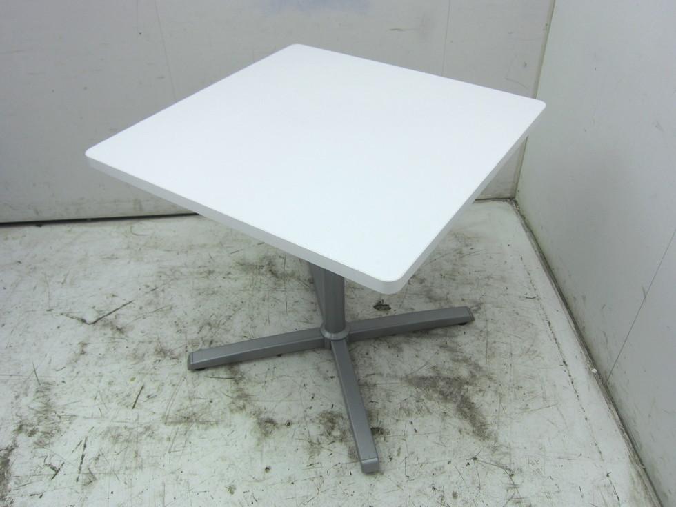 オカムラ 8177シリーズ 角テーブル買取しました!