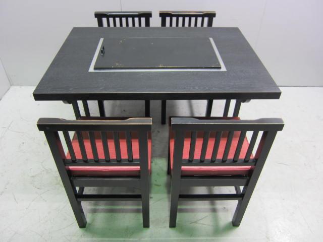 お好み焼きテーブル(赤イス4脚セット)買取しました!