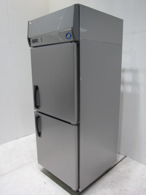 ●パナソニック 業務用タテ型冷蔵庫買取しました!