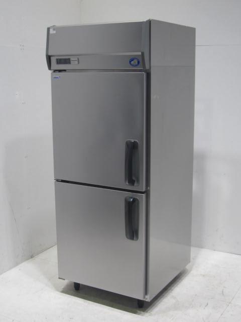 ●パナソニック 業務用タテ型冷凍冷蔵庫買取しました!