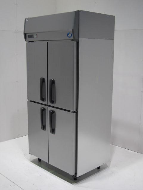 ●パナソニック 業務用縦型冷蔵庫買取しました!