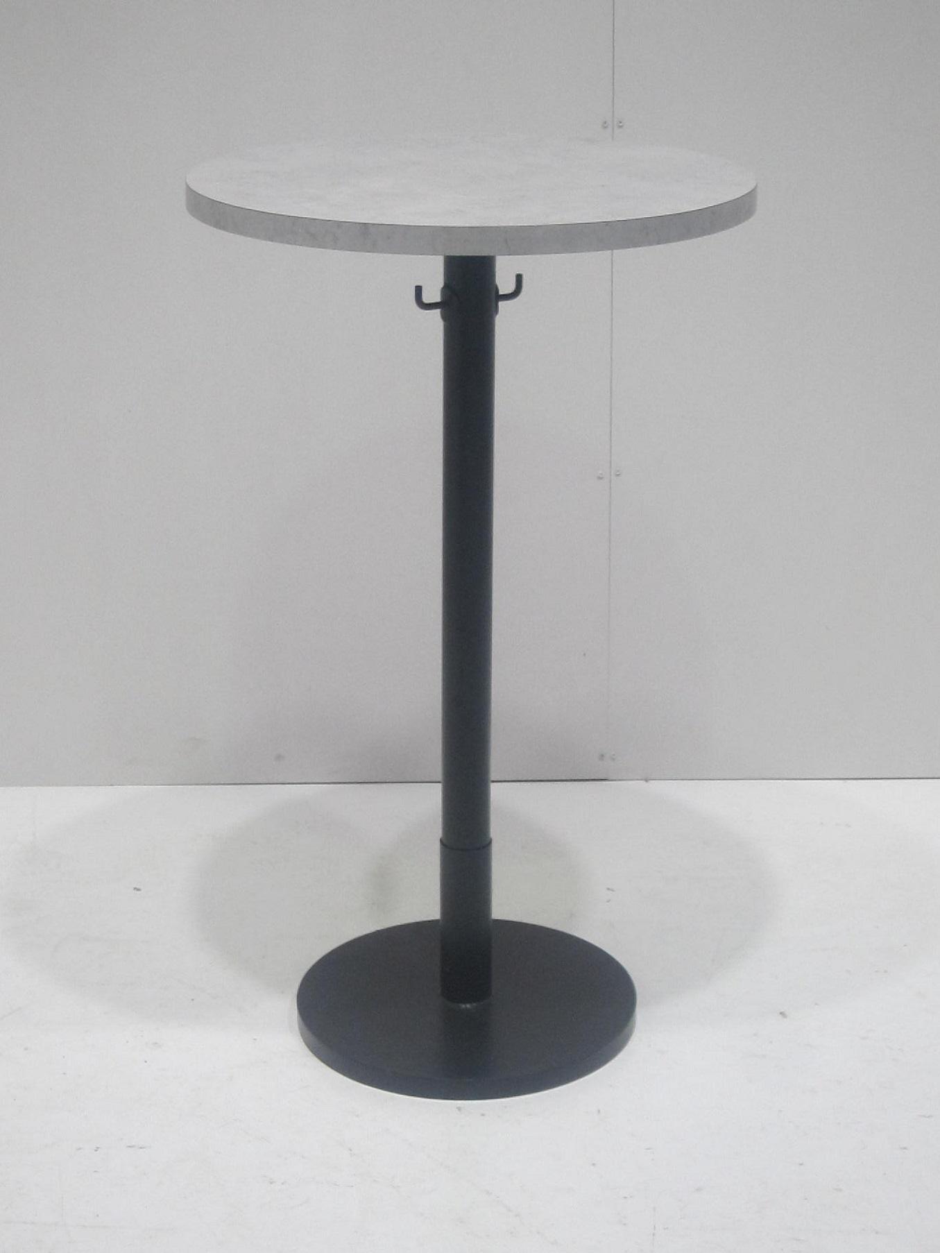 店舗用丸テーブル買取しました!