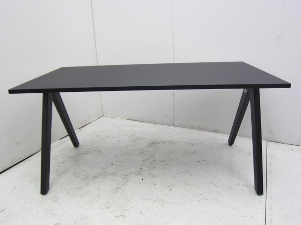 コクヨ DAYS OFFICEシリーズ ウッドチルト ミーティングテーブル買取しました!