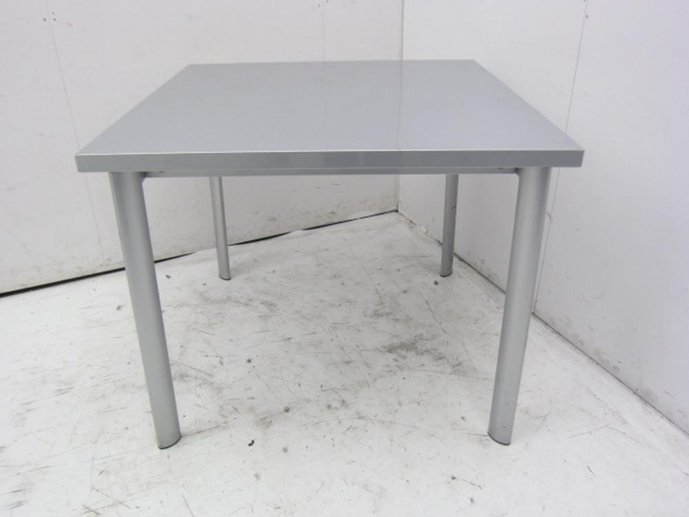 emu(エミュー)  ミーティングテーブル買取しました!