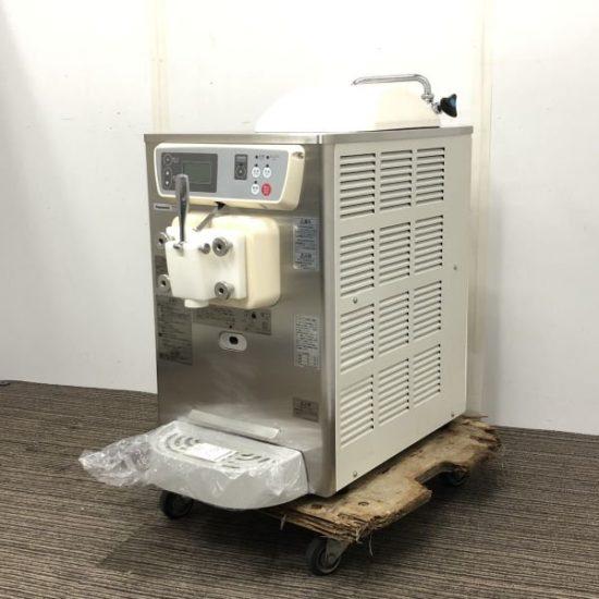 中古厨房機器入荷しました!卓上ソフトクリームフリーザーです!