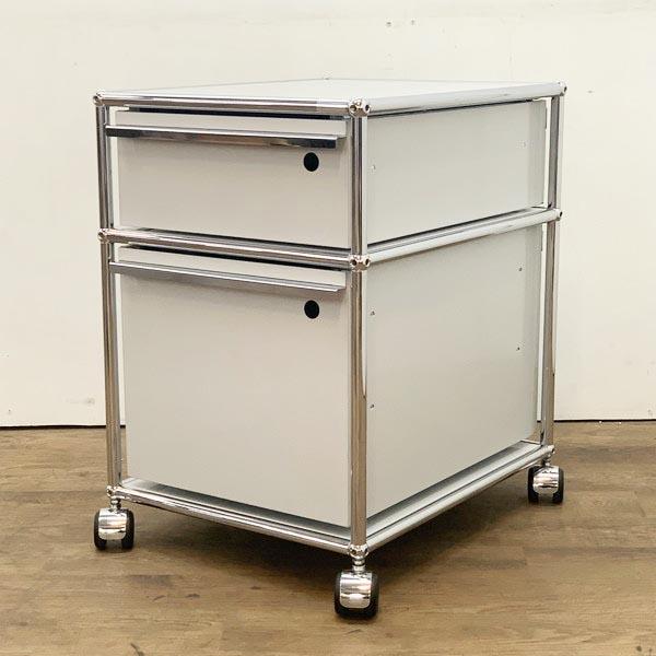 USM Modular Furniture 2段 ロールボーイ買取しました!