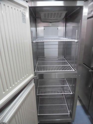 福島工業(フクシマ)業務用縦型2ドア冷凍庫URD-062FM6詳細画像3