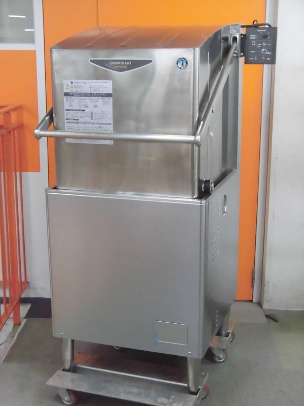 ホシザキ 食器洗浄機・ドアタイプ JWE-680UA 2010 ¥250.000-