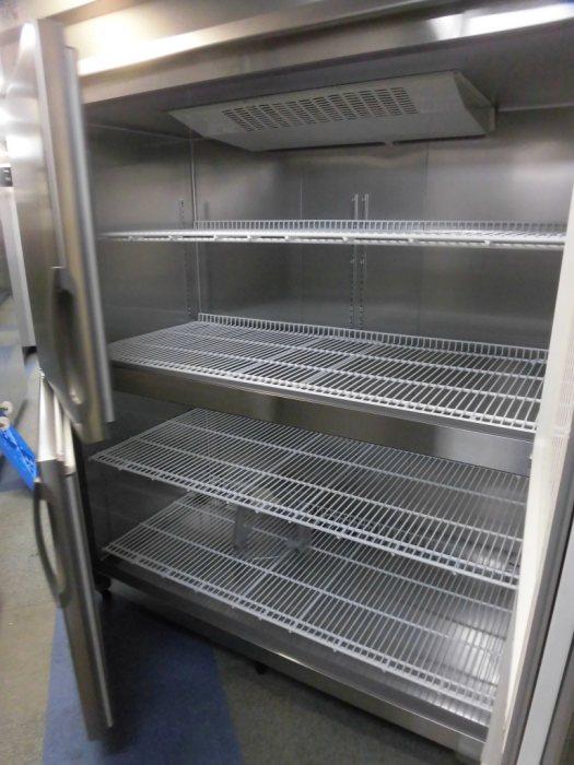 フクシマ業務用縦型4ドア冷凍庫ARD-154FMD-F詳細画像2