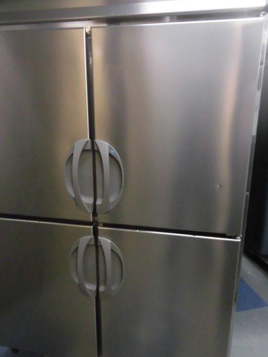 フクシマ業務用縦型4ドア冷凍冷蔵庫ARD-121PMD詳細画像3