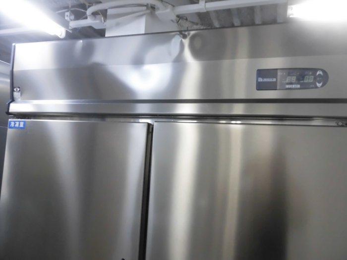 大和冷機業務用縦型4ドア冷凍冷蔵庫421YS2-EC詳細画像3
