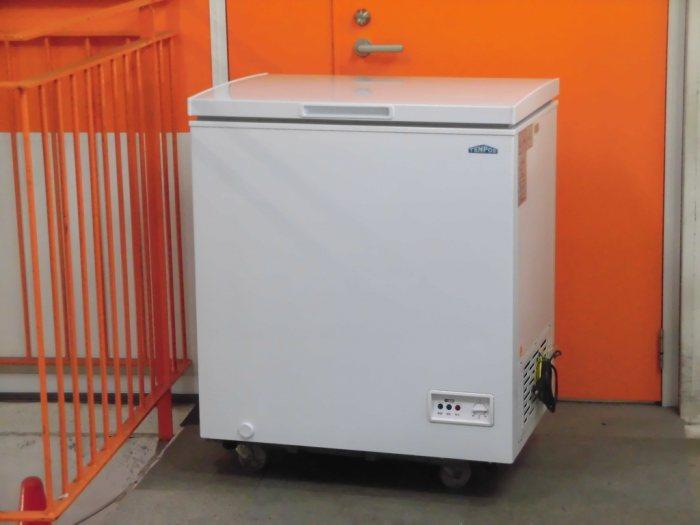 テンポスバスターズ 冷凍ストッカー TBCF-140-RH