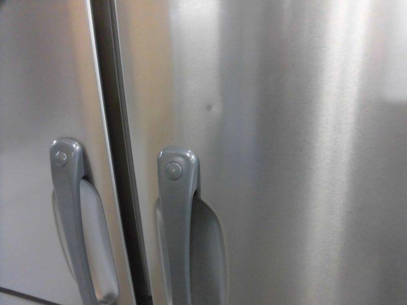 ホシザキ縦型4ドア冷凍冷蔵庫HRF-120Z詳細画像4