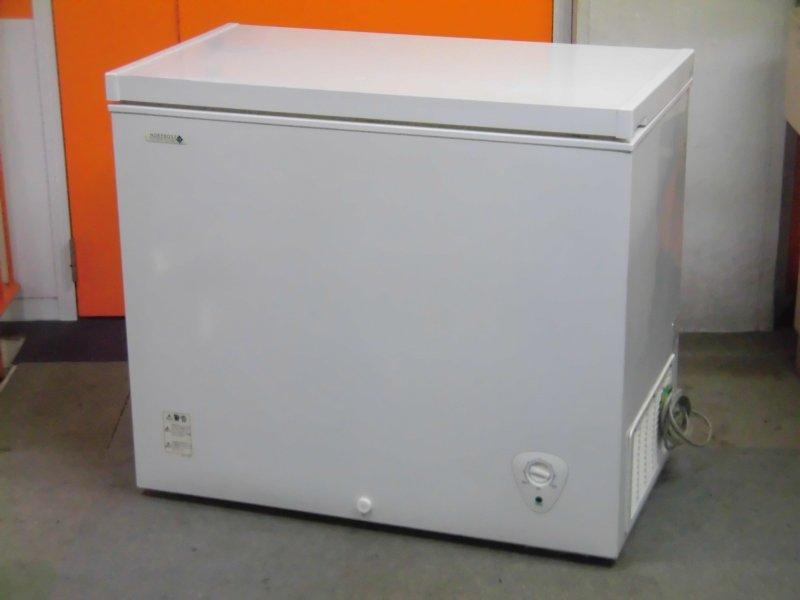 ノーフロスト 冷凍ストッカー JH198CR