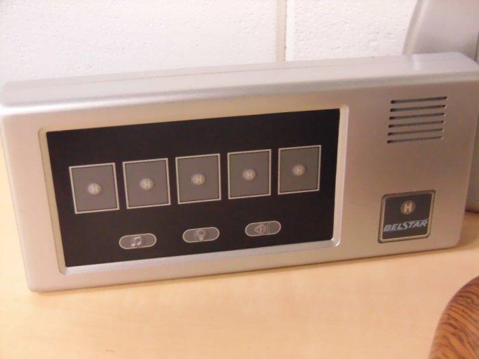 ベルスターワイヤレスオーダーコールシステムBS4R 4A(受信機)+BS4T-W2(送信機)+BS48(E)4A(ナンバー消し機)詳細画像4