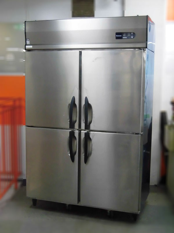 大和冷機 業務用縦型4ドア冷凍冷蔵庫 411YS1-EC